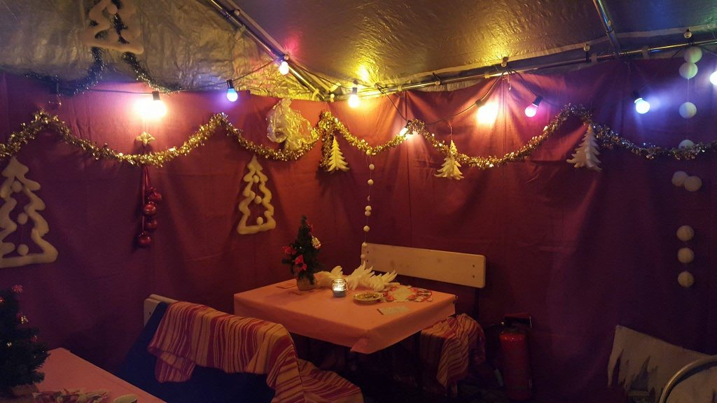 Unser gemütlicher Innenraum beim Weihnachtsmarkt 2016